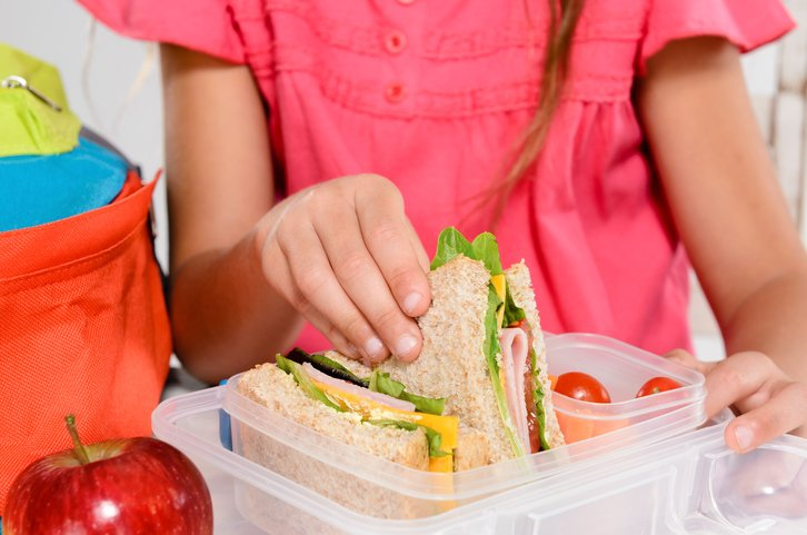 5 Tips for Preparing a Healthy School Lunch