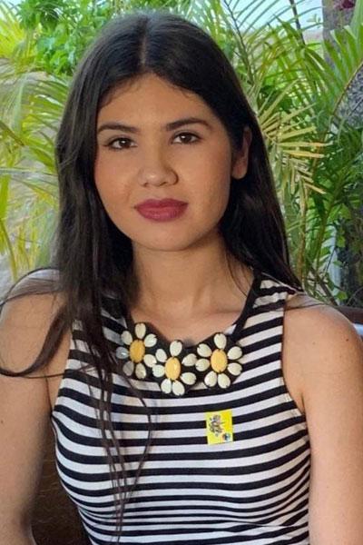 Cynthia Nanny Profile Picture